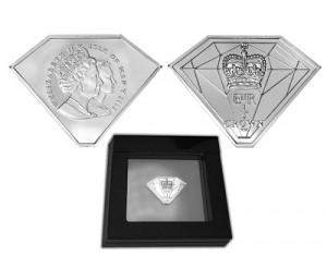 Отчеканены монеты в честь Бриллиантового юбилея Королевы Елизаветы II